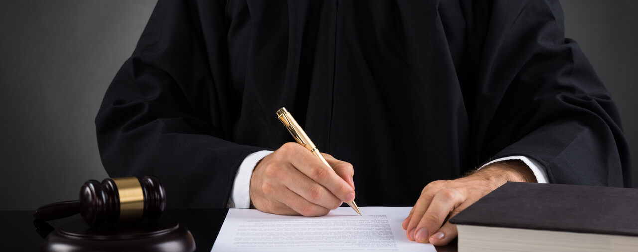 Federal Government Hiring Freeze Does Not Apply to Immigration Judges